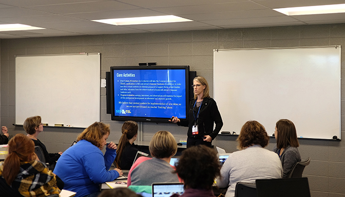 ELPA's Lisa Dorner speaks at the Conference on Collaboration and Co-Teaching for English Learners at the University of Missouri-St. Louis in October. Photo credit: David Morrison, UMSL