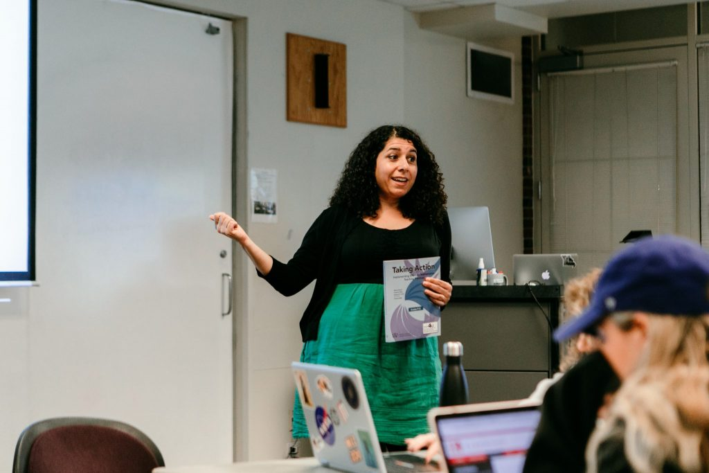 Zandra de Araujo, associate professor in the Department of Learning, Teaching and Curriculum, teaches in a classroom.